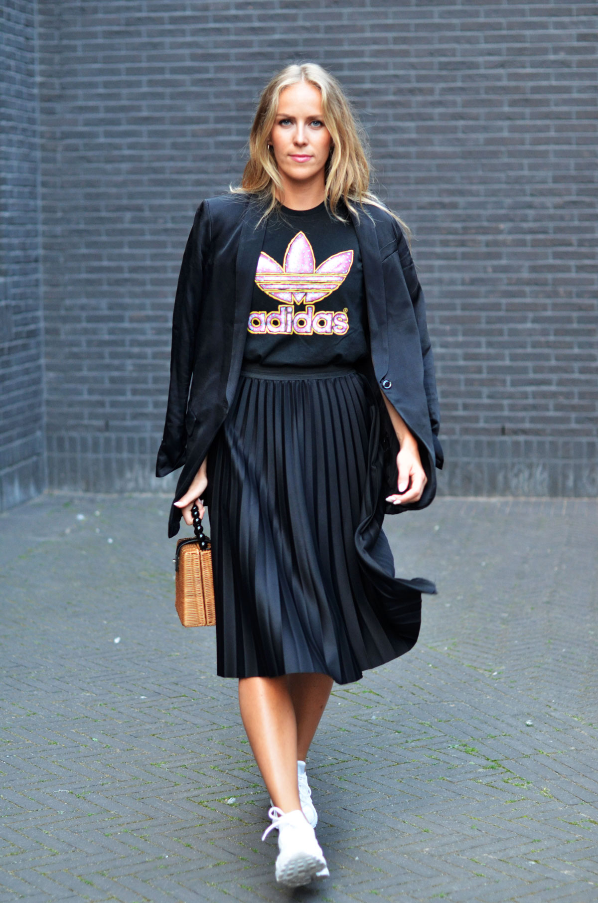 pleated skirt trainers